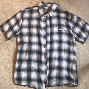 Altamont men's black and gray plaid s/s shirt
